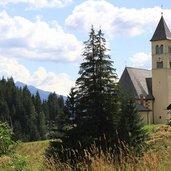 Die Pfarrkirche von Mazzin