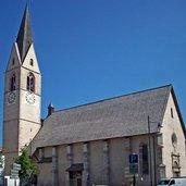 Die Pfarrkirche in Cles