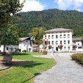 Das Rathaus der Gemeinde Mezzano