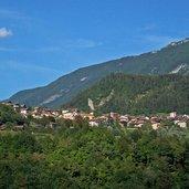 Das Dorf San Lorenzo in Banale