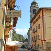 D-Ledro-Pieve-di-Ledro-gassen-kirche-3143.jpg