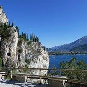 Kopie von: D-8015-sentiero-del-ponale-scorcio-aussicht-ponale-weg-gardasee.jpg