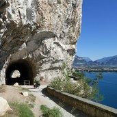 Kopie von: D-8069-tunnel-strada-del-ponale-gardasee.jpg