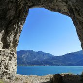 finestra nel tunnel fenster im tunnel gardasee
