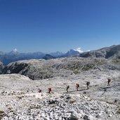 Kopie von: D-5004-escursionisti-presso-rifugio-rosetta.jpg
