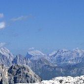 Kopie von: D-5059-vista-su-marmolada-e-croda-di-santa-croce.jpg