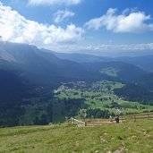 vista su carezza e latemar
