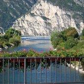 1332110251D-0231-torbole-territorio-comunale-di-arco-sarca-sfocia-nel-lago-ponte.jpg