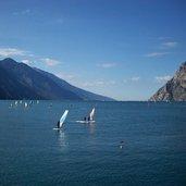 D-0235-lago-di-garda-torbole-windsurf-surfer.jpg