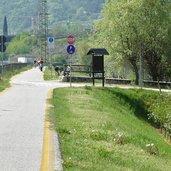 D-0890-pista-ciclabile-etschradweg-rovereto-mori-abzweigung-incrocio-garda.jpg
