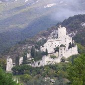 D-1264-castello-di-avio-sabbionara.jpg