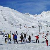 D-1547-ski-area-passo-tonale.jpg