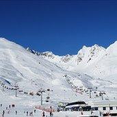 D-1603-alpe-alta-passo-tonale-ski-lift.jpg