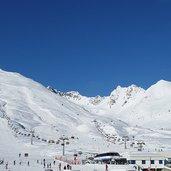 D-1604-alpe-alta-passo-tonale-ski-lift.jpg