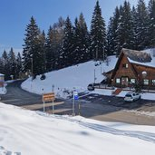chalet passo sommo inverno