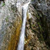 D-4697-Via_ferrata_Burrone_Giovanelli_Wasserfall_beim_Einstieg.JPG