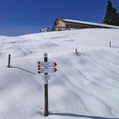 D-5064-segnavia-lago-di-calaita-inverno.jpg