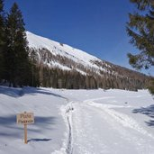 D-5069-lago-calaita-inverno-pista-pedonale.jpg