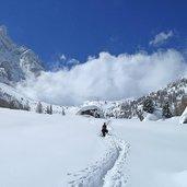 D-5225-sentiero-val-venegia-direzione-rifugio-segantini.jpg