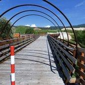 D-5645-pista-ciclabile-val-di-non-nuovo-ponte.jpg