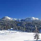 D-6302-skiarea-campiglio-passo-campo-di-carlo-magno-dolomiti-di-brenta-inverno-frame7.jpg