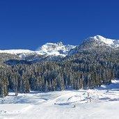 D-6332-skiarea-campiglio-passo-campo-di-carlo-magno-dolomiti-di-brenta-inverno.jpg