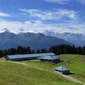D-9532-malga-movlina-parco-adamello-brenta-panorama-fr05.jpg