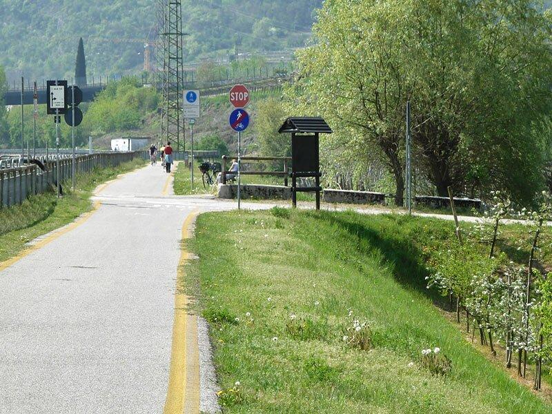 rovereto italy track meet order