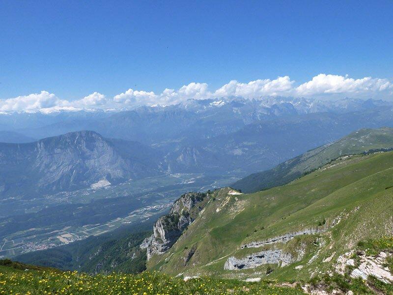 Alle cime del monte bondone trentino provincia di trento for Monti del trentino