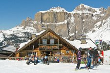 Val di Fassa, Gherdeccia, Canazei, Ski