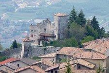 Castello di Castellano, Villa Lagarina