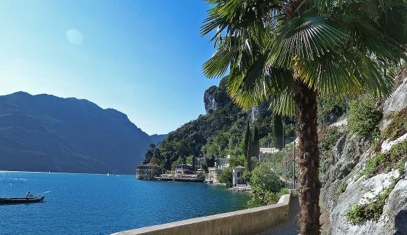Karte Italien Gardasee.Gardasee Trentino Dolomiten Italien
